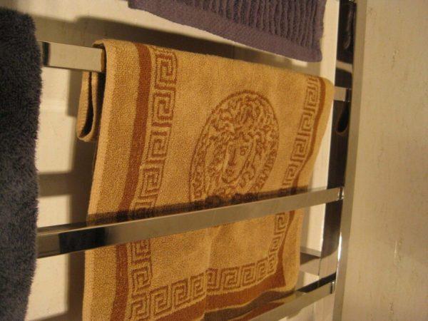 CBFTL1174S Square 8 Rung Bathroom Non Heated Towel Ladder 1150mm x 700mm