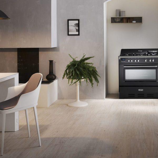 DEFV908BK-freestanding-vintage-cooker-lifestyle2-1440×1080