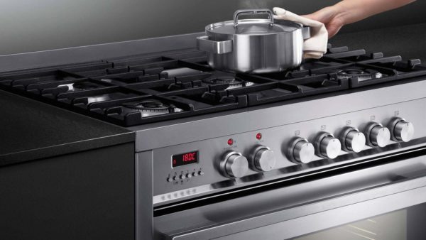 Fisher-Paykel OR90SDBGFPX1 Freestanding Cooker, 90cm, Dual Fuel, Pyrolytic-cooktop