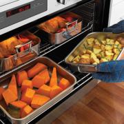 ovens_single-oven_wve916sb_benefit-3