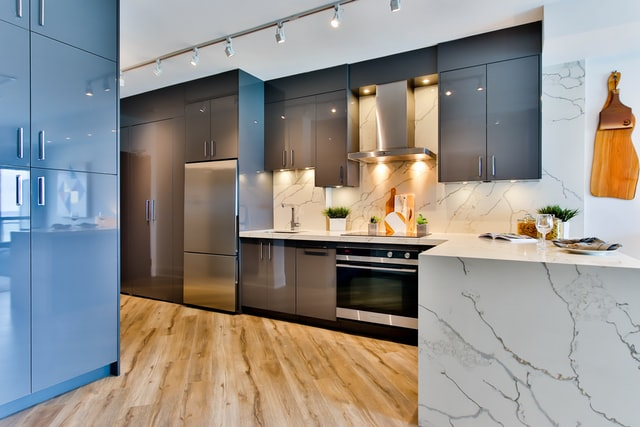 Ceramic and Glass Kitchen Cabinets
